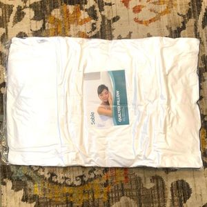 New With Tags Sable Queen Pillow